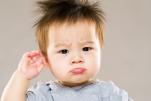 8 dấu hiệu nhận biết bệnh viêm tai giữa ở trẻ em