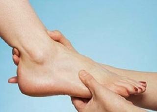 Ảnh 3 của Rách bàn chân