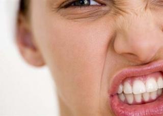 Ảnh 2 của Nghiến răng