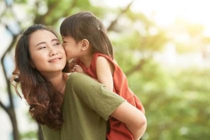 Hướng dẫn khi nuôi con 1 mình cho Cha mẹ đơn thân