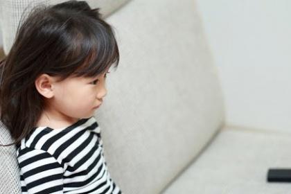 Làm thế nào để làm dịu cơn đau dạ dày của bé?