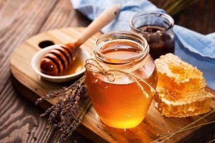 Có thể chữa đau, trào ngược dạ dày bằng mật ong?