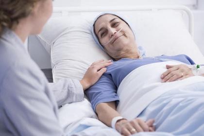 Các tác dụng phụ trong quá trình điều trị xạ trị ung thư vùng bụng chậu