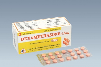 Dexamethasone là thuốc gì? Tác dụng, liều dùng, cách dùng và tác dụng phụ