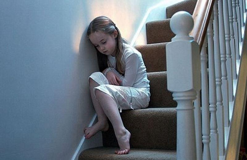Trẻ tự kỷ hay la hét cha mẹ cần làm gì? - ảnh 1