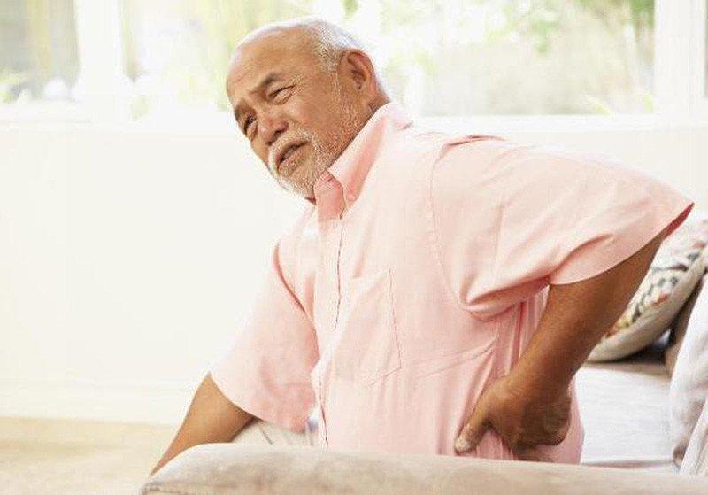 Nguyên nhân Đau lưng ở người lớn tuổi - ảnh 2