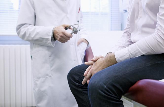 Xét nghiệm nào được dùng để phát hiện ung thư tiền liệt tuyến? - ảnh 2