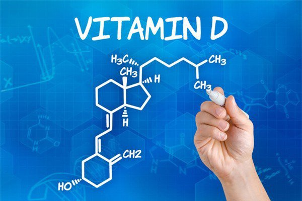 Vitamin D liều cao liệu có lợi cho bệnh nhân mắc ung thư đại trực tràng? - ảnh 1