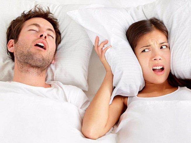 Ngủ ngáy là bệnh gì?, nguyên nhân và có nguy hiểm không - ảnh 1