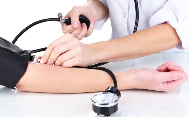 Tăng huyết áp: Chỉ số huyết áp, nguyên nhân và triệu chứng - ảnh 1