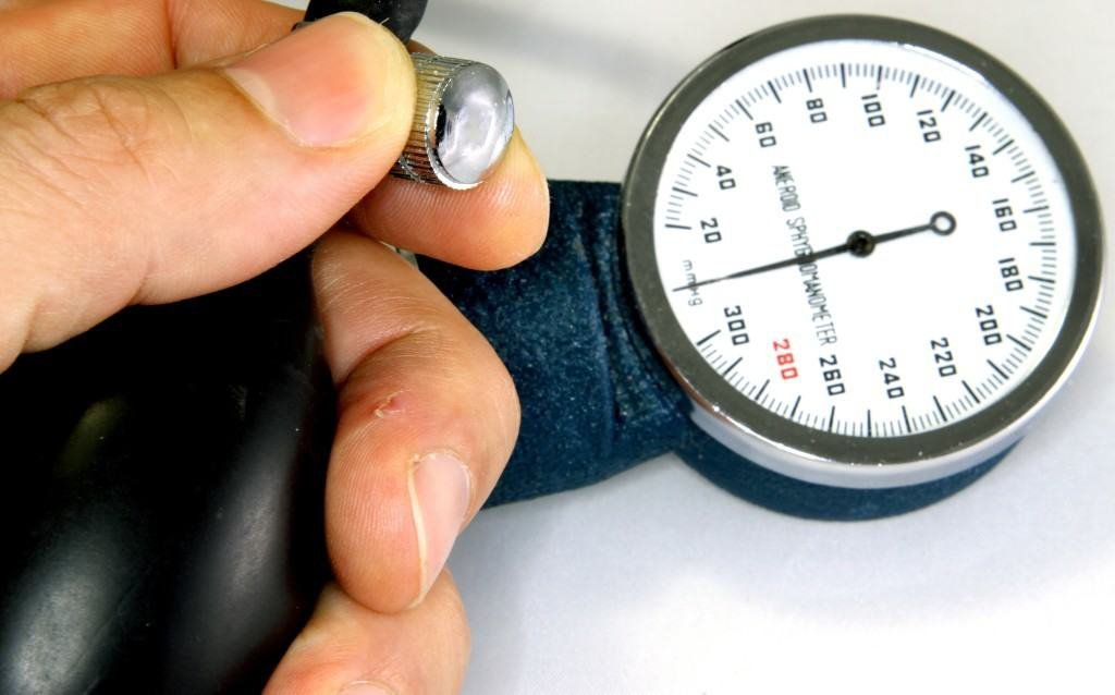 Nguyên nhân huyết áp không ổn định, lên xuống thất thường - ảnh 1