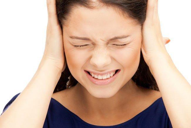 Đau tai ù tai: Nguyên nhân và Biến chứng nguy hiểm - ảnh 1