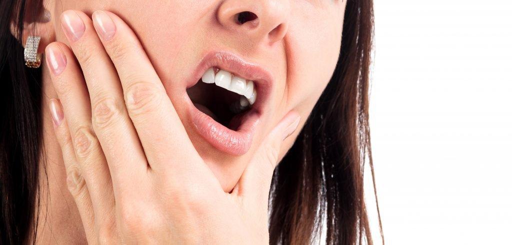 Triệu chứng khô miệng khi xạ trị ung thư đầu cổ bệnh nhân cần biết - ảnh 3