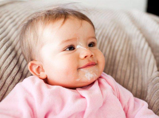 Chẩn đoán và điều trị trào ngược dạ dày ở trẻ sơ sinh - ảnh 1