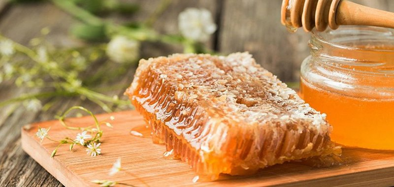 Có thể chữa đau, trào ngược dạ dày bằng mật ong? - ảnh 1